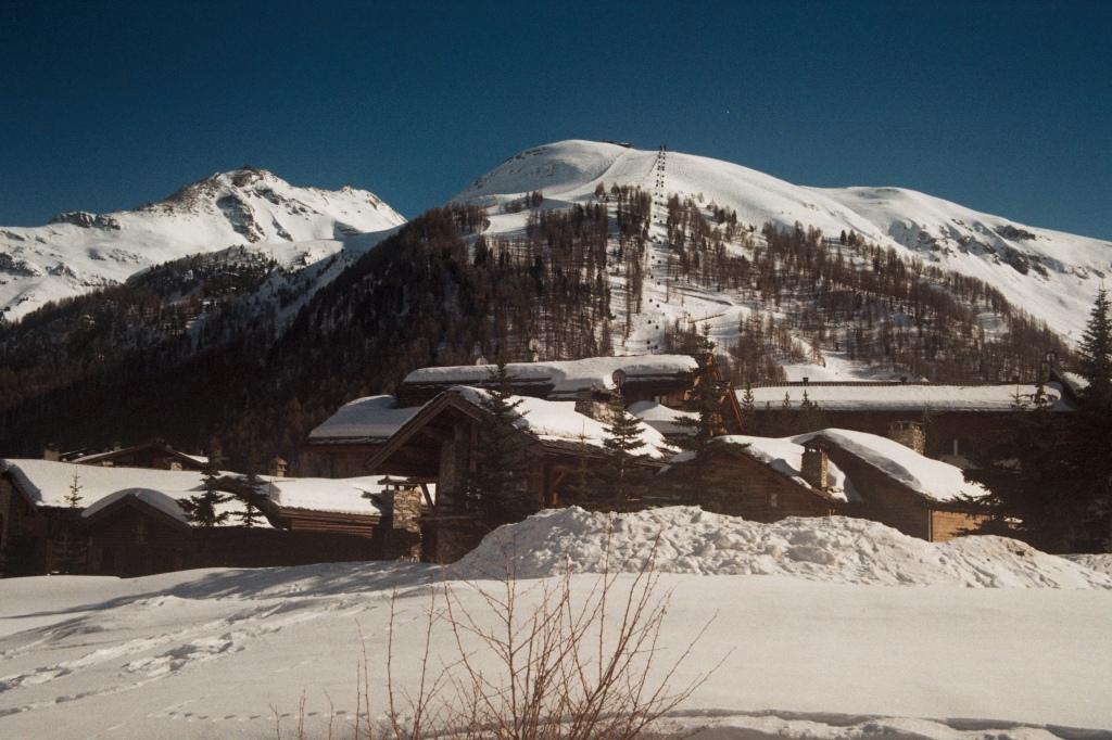 val d'isère sous la neige, mars 2020/ massif de solaise.